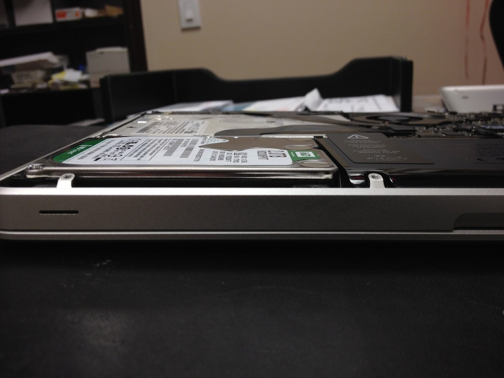 wpid-3TB_in_a_Macbook_Pro_IMG_3379-2013-02-19-16-39.jpg